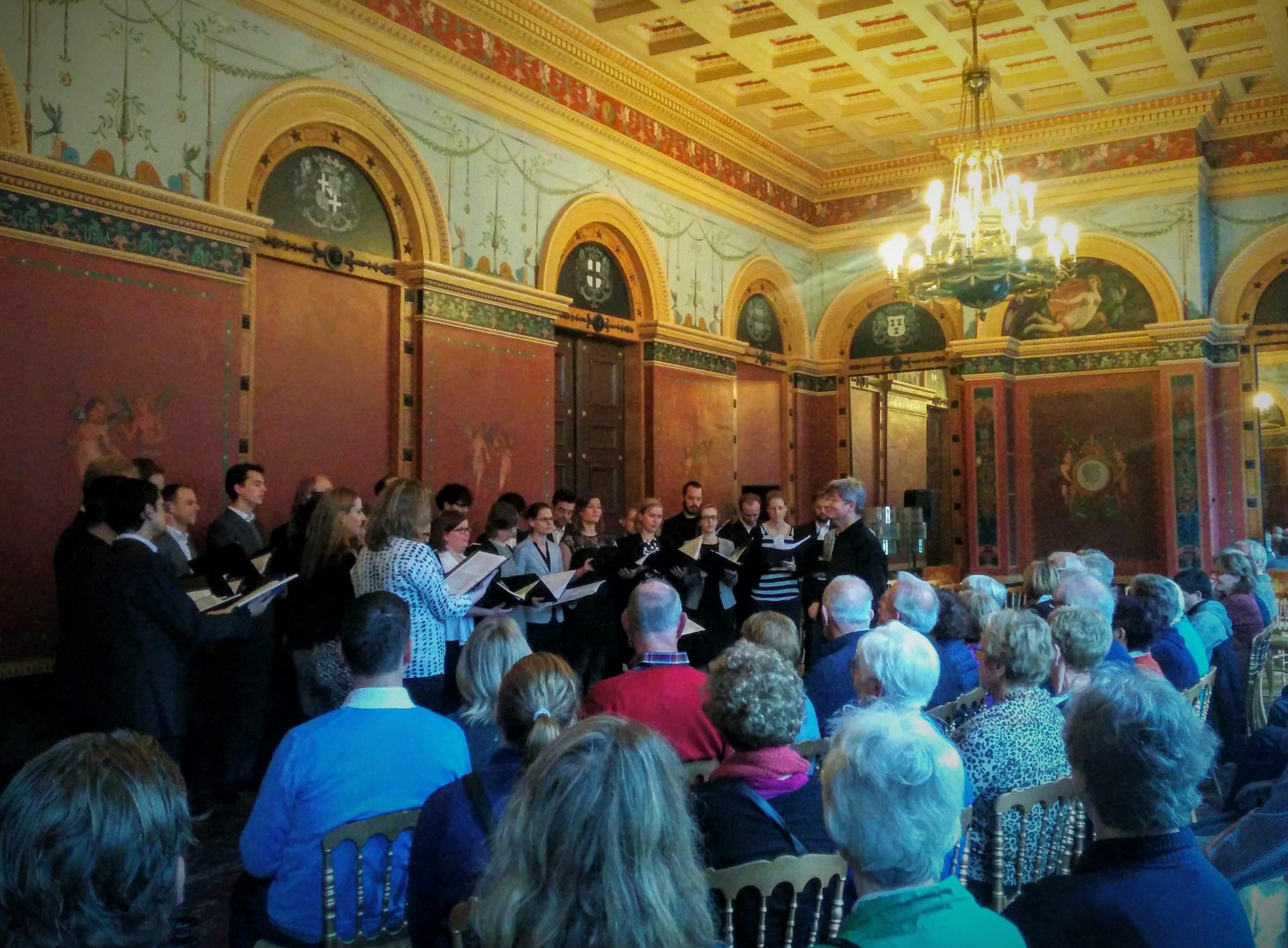 Open Paushuize met mini-concert van Kamerkoor NEXT. Foto: Froukje van der Meulen.